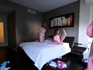 Hot Blindfold Porn Videos
