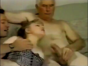 Hot Young Pussy Porn Videos