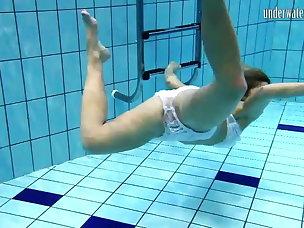Hot Underwater Porn Videos