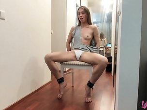 Hot Dildo Porn Videos